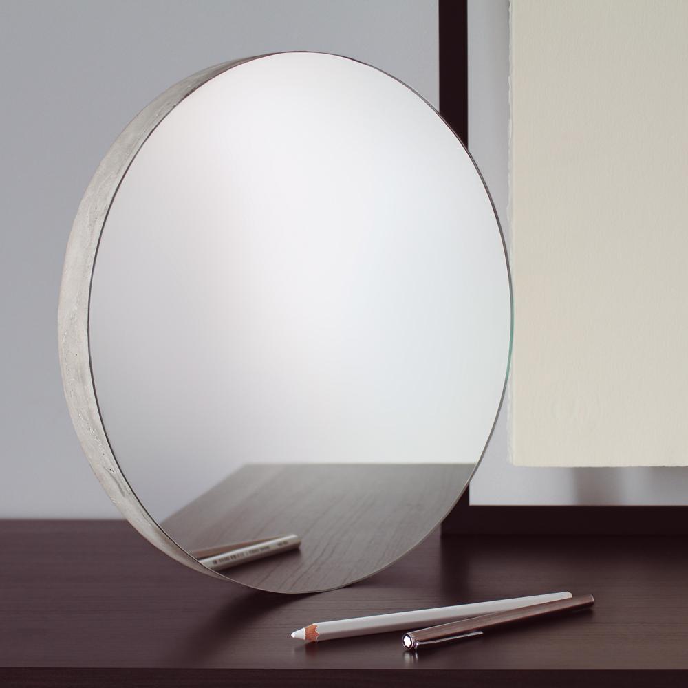 [BUNKER] a concrete mirror